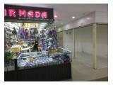 Disewakan cepat Kios Gandeng Usaha Lokasi strategis dan dilewati keramaian di Pasar Senen Jaya , jakarta pusat